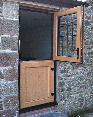 Irish Oak Door with White Combination Side Panels