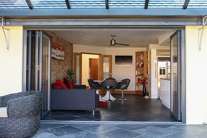 aluminium multifolding doors atherstone