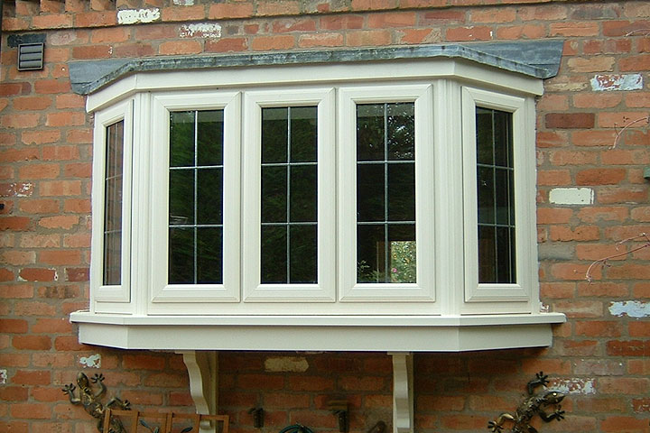 bay bow windows leicestershire