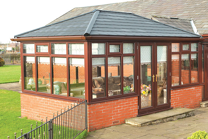 Upvc garden rooms bristol from price glass and glazing ltd for Upvc garden room