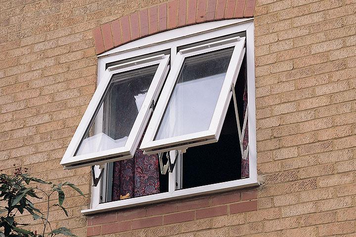 fully reversible windows woking