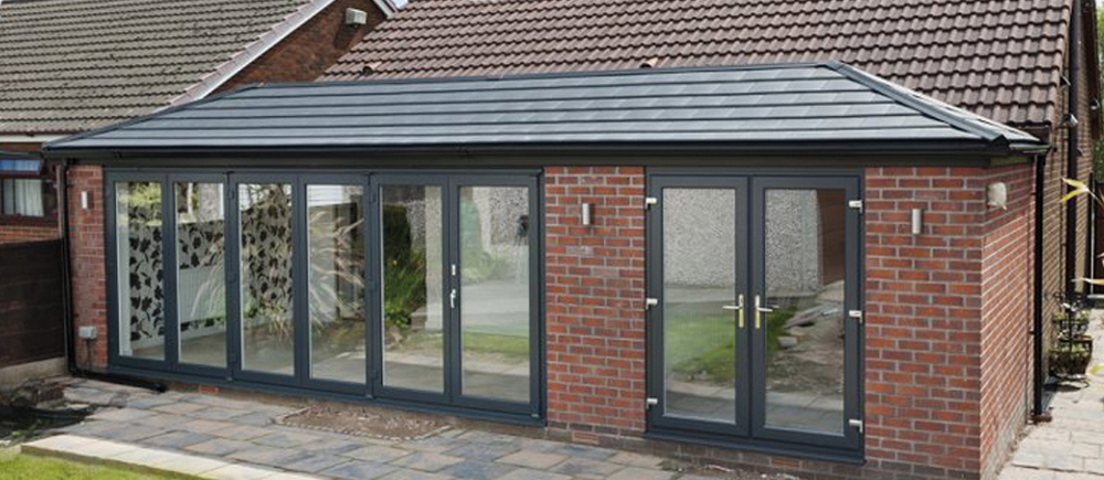 WARMroof fitted to a single storey extension